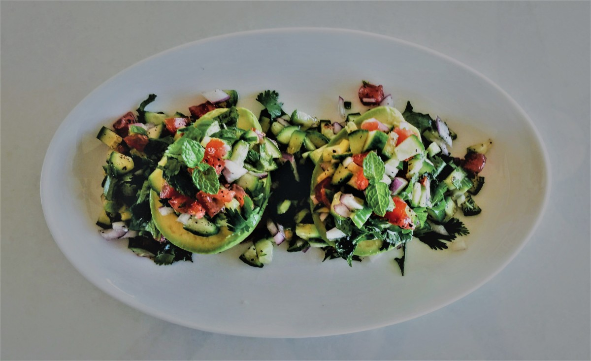 Avocado Med. Salad Plated