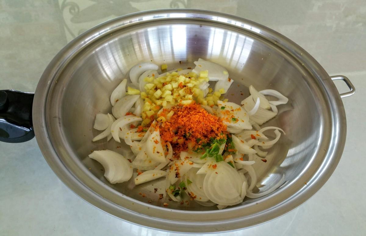 Bhindi Cook 1