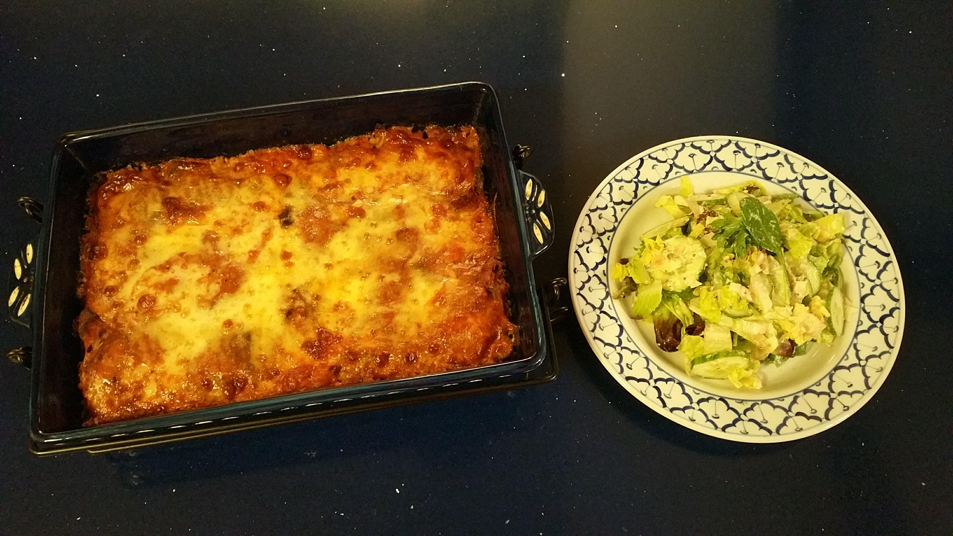 Spaghetti Squash Faux Lasagna with Salad
